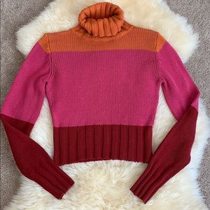 Moda International crop Tri-color 🐢neck sweater S